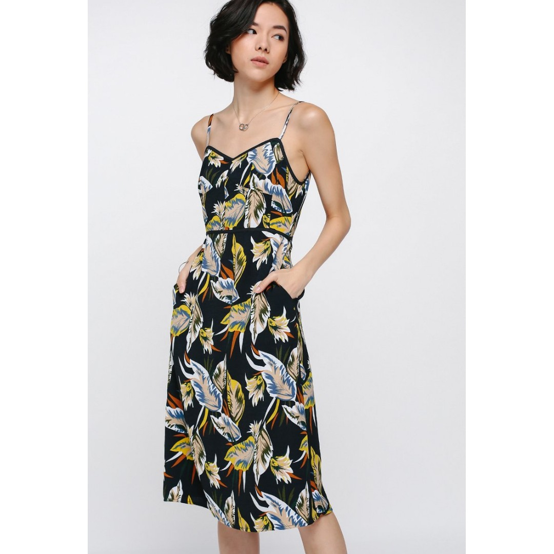 b63fdc5960d Love bonito Micera Floral Midi Dress, Women's Fashion, Clothes ...
