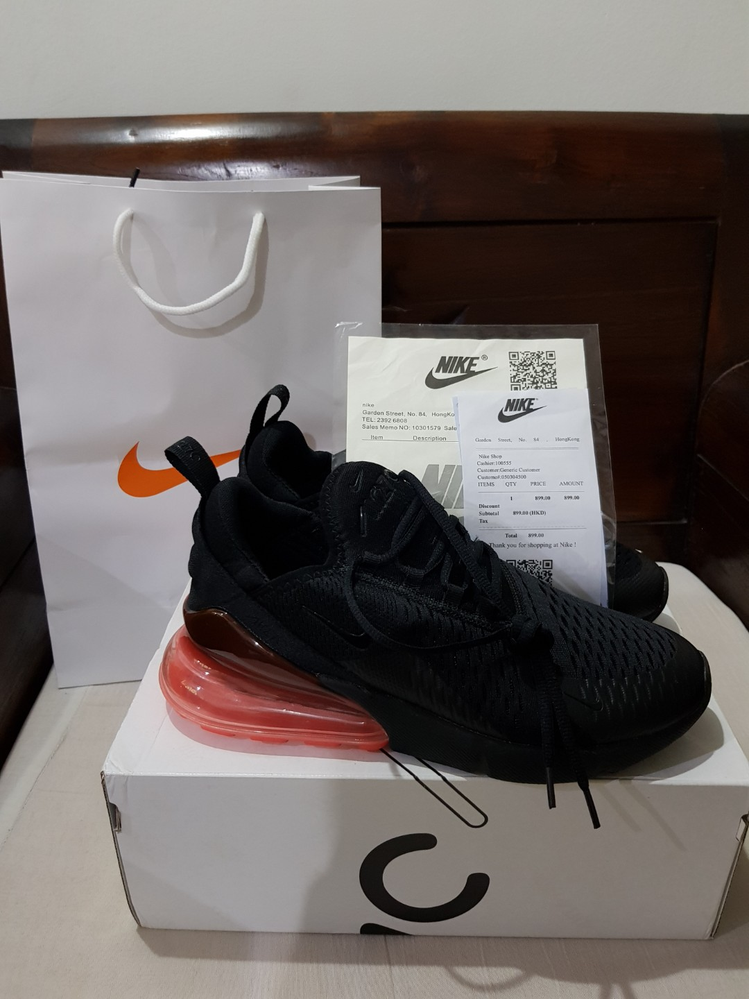 2871bf9237 Nike Air Max 270 Hot Punch, Men's Fashion, Footwear, Sneakers on ...