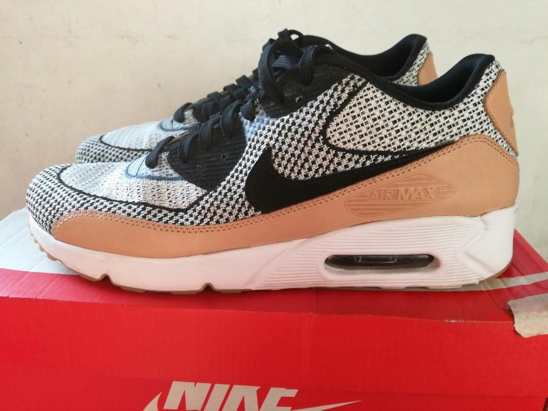 e2fe12ce6a Nike Air Max 90 ultra 2.0 JCRD BR, Men's Fashion, Footwear, Sneakers on  Carousell