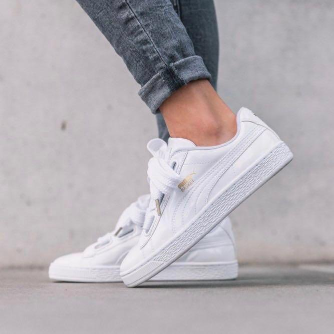Qualité supérieure d386c 715c8 puma basket heart, Women's Fashion, Shoes, Sneakers on Carousell