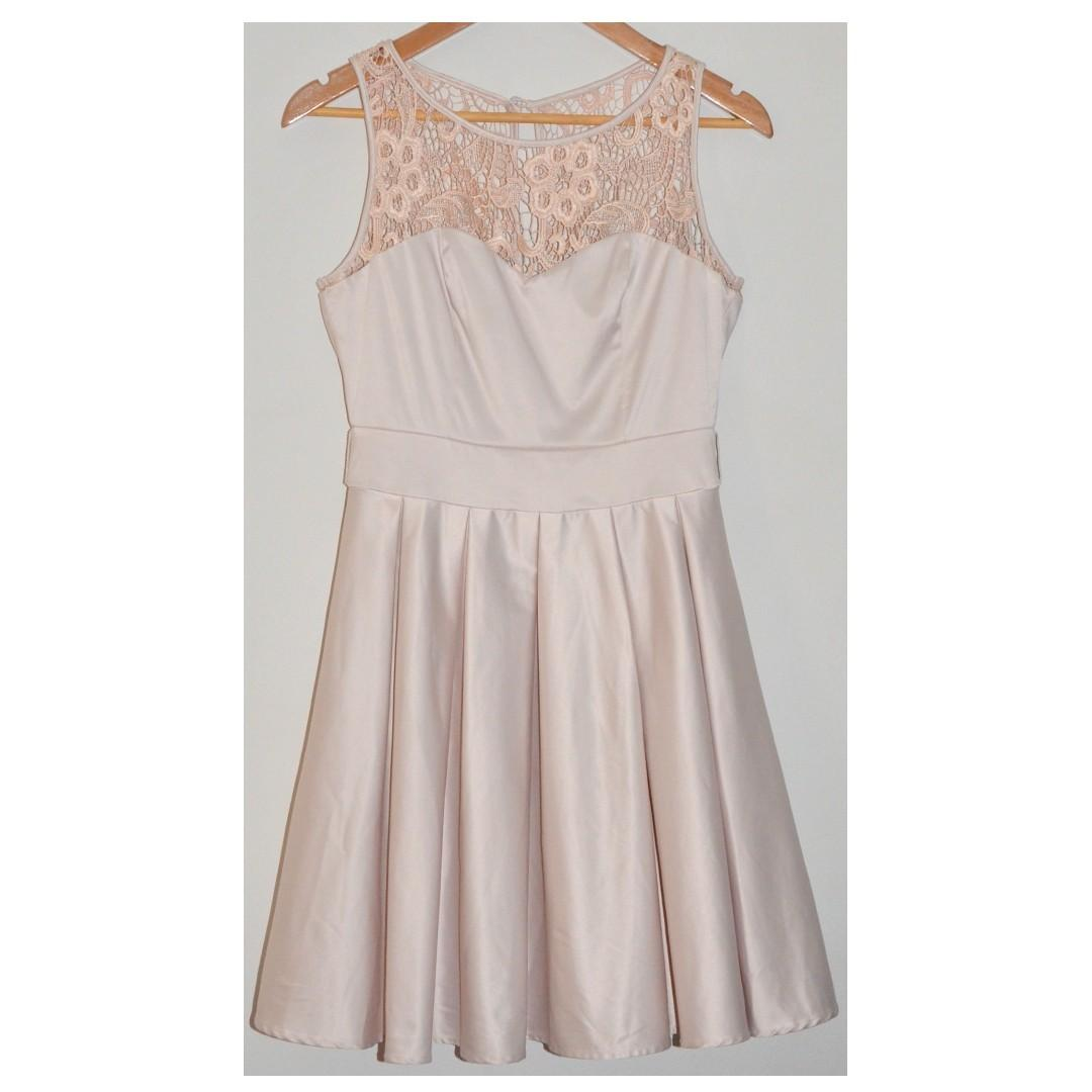REVIEW AUDRINA BLUSH CHAMPAGNE SATIN PLEATED VINTAGE STYLE RACES COCKTAIL DRESS *NEW* 10