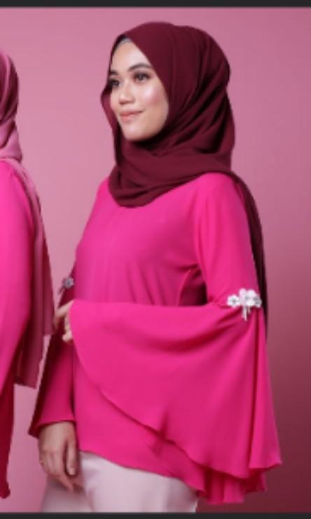 recognized brands another chance best quality shocking pink tops/blouse, Muslimah Fashion, Tops on Carousell
