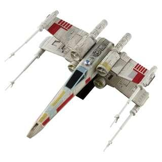 STAR WARS Vehicles Magnetic X Wing Fighter