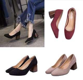 Chunky heels shoes black