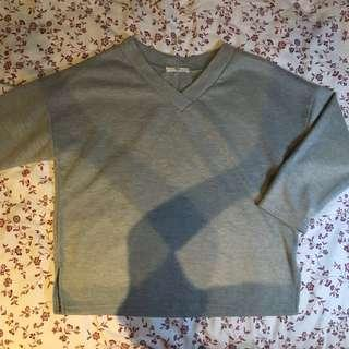v neck simple thick plain grey dark green sweater pullover