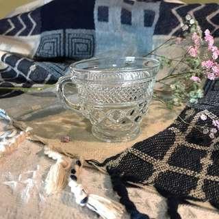 Vintage ⚜️玻璃雕花茶杯