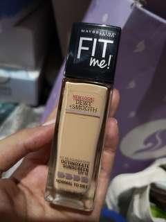 Maybelline Fit Me Dewy & Smooth (130 Buff Beige)