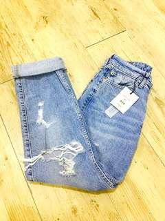 RIVER ISLAND MOM HIGH WAISTED JEANS