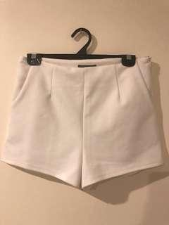 Classic White high waisted Shorts - S12