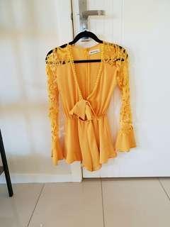 Lace Jump suit size XS