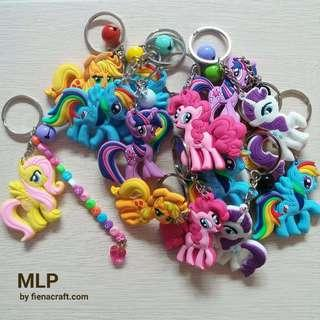 My little poney keychain with names