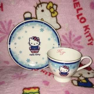 Hello Kitty in Russia Ceramic Teacup With Saucer Plate