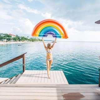 Rainbow Float
