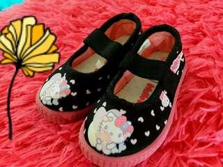 """""""hello kitty shoes"""""""