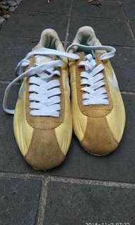 Nike cortez nylon vintage sepatu bekas jadul