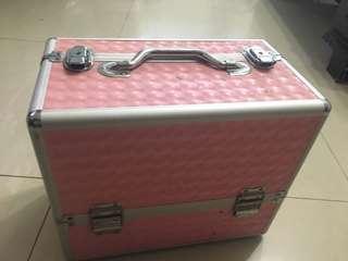 鋁合金手提式化妝箱(四層)