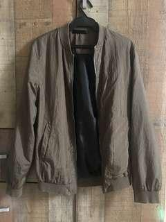 Bomber Jacket in Army Green