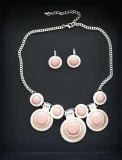 CHRISTMAS SALES - Elegant Silver Peach Necklace and Earrings set
