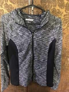 Gym Hoodie with Finger Hole and Zipper