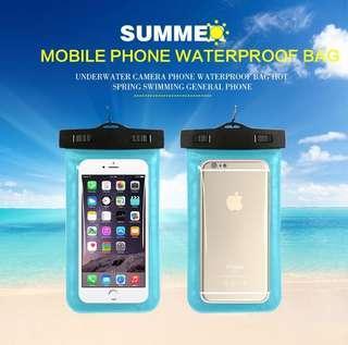 🚚 Waterproof Phone Pouch
