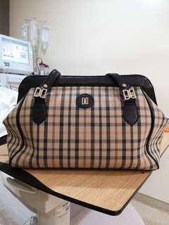 Daks long handle bag