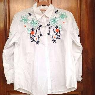 Embroidered White Shirt #DeclutterWithJohanis