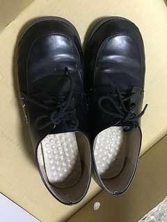 🚚 學生鞋