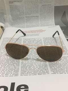 Brown Retro Aviator Sunnies