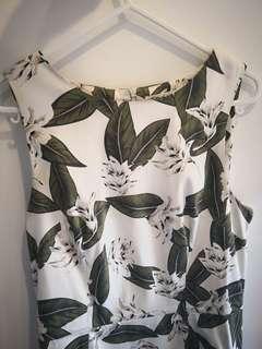 Women's leaf pattern dress