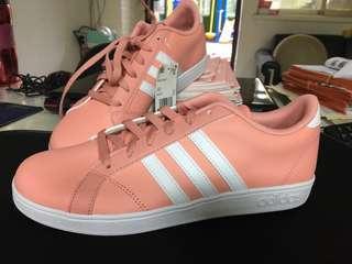 Adidas neo 粉色超好看 休閒鞋