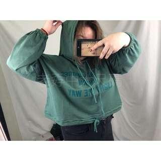[老孬中大尺碼]特價中🉐️韓版短版修身飛鼠袖蝙蝠袖連帽質感字母帽T胖妹妹胖mm寬鬆大碼