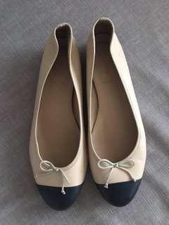 Firm on the price.  Excellent condition Jcrew flats bi-color - 38.5
