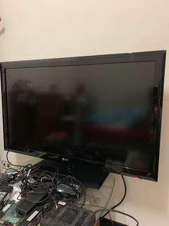 LG 高畫質42吋液晶電視