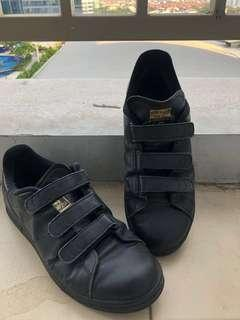 adidas stand smith black