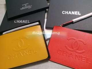 🌲🌹Chanel Christmas gift pouch clutch case vip gift 手提袋 紅色 黃色 手提包