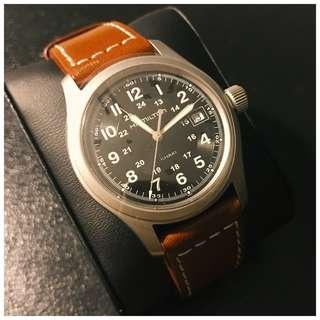 38mm-Hamilton Khaki field watch Quartz.