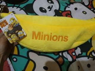 Minions banana pouch