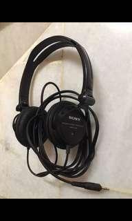 Sony Headphone MDR-V150