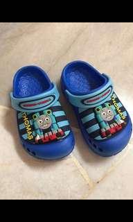 Thomas & Friends Shoe (size 7 / 25)