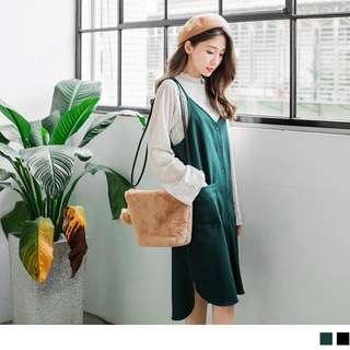 綠色V領開釦側襬圓弧開衩前短後長背心洋裝 不包內搭
