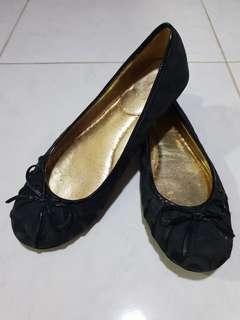 Sepatu coach