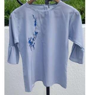 Flutter-sleeves Top