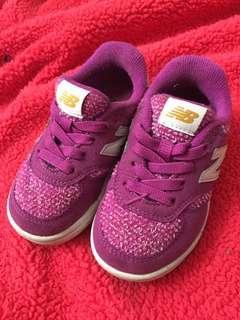 Sepatu NB original anak