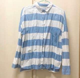 from P&B Pull & Bear light blue strip shirt size s 淺藍色 橫間 間條 長袖 襯衫 。 原價$249