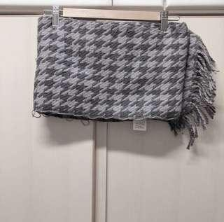 Pageboy Japan grey brown pattern scarf 日本牌子 灰啡色 文青 柔和色 千島格 紋理 高貴 貴氣 斯文 冷氣 披肩 頸巾