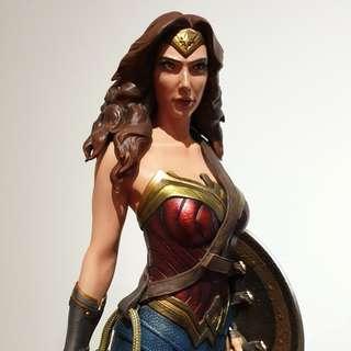 Bushi Wonder Woman Statue