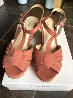 Bett sandals