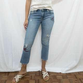GAP Embroidered Cropped Jeans