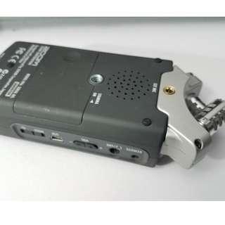 Zoom H4N Digital Multitrack Recorder