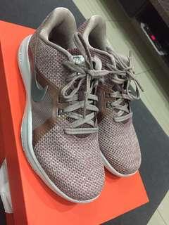 W Nike Flex Trainer 8 PRM